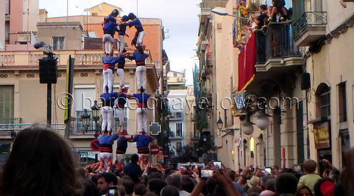 human towers Gracia Festival