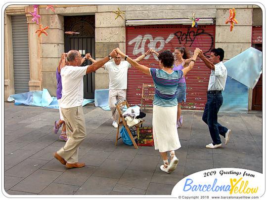 Sardanas dancing gracia