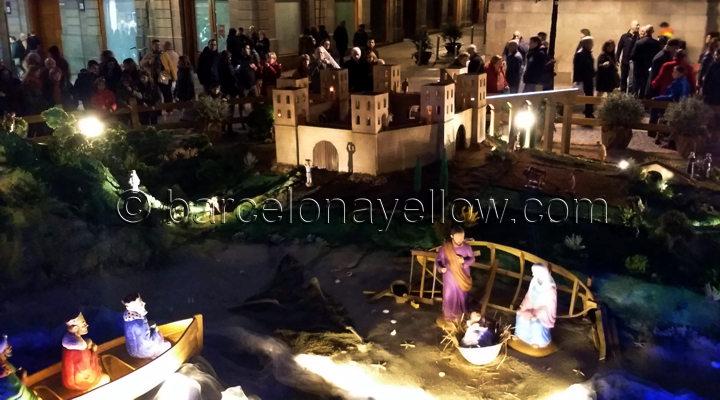 barcelona navidad pessebre plaza sant jaume