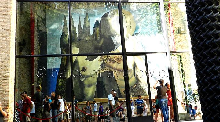 dail_museum_in_figueres_spain