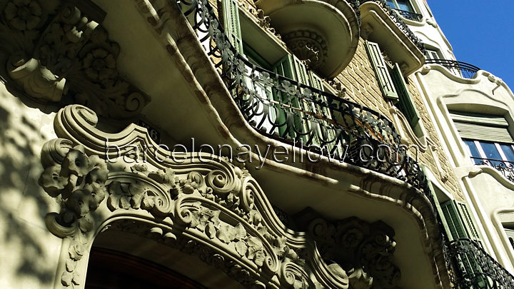 balcony_eixample
