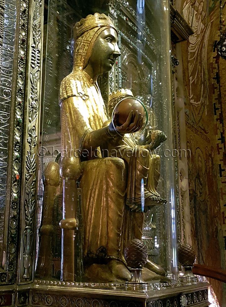 La Virgen de Montserrat - La Moreneta,