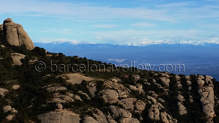 pyrenees_views_from_monastery_montserrat