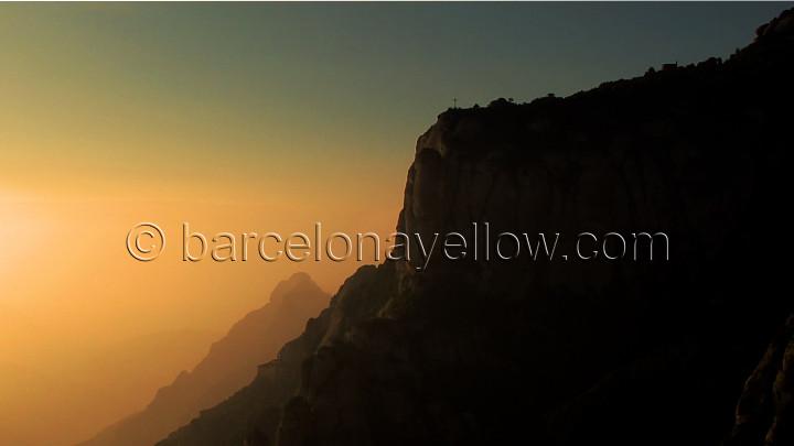 sunrise_montserrat_monastery_barcelona