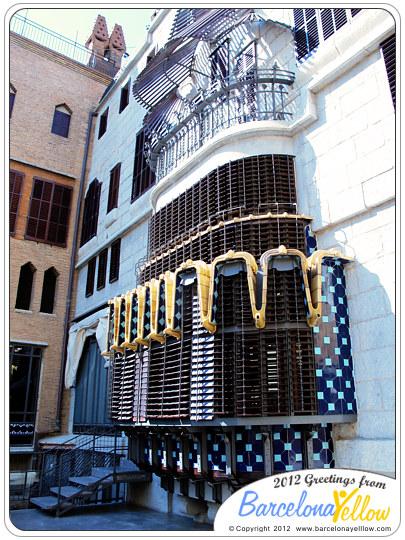 Palau Guell courtyard