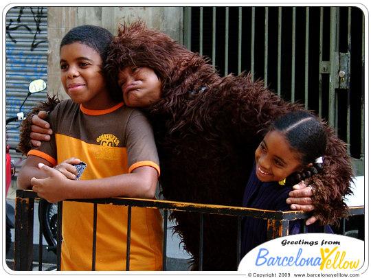 La Rambla statue monkey
