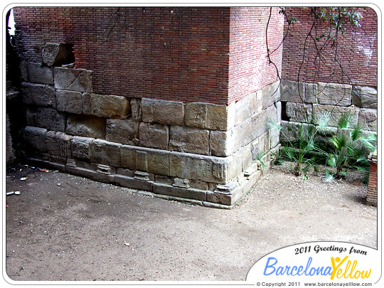 barcino_roman_wall_baixada_cacador