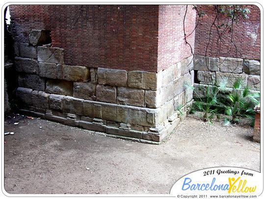 barcino_roman_wall_baixada_cacador