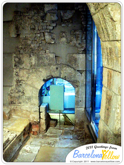 barcino_roman_wall_pati_llimona