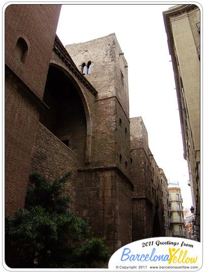 barcino_roman_wall_placa_ramon_berenguer-2