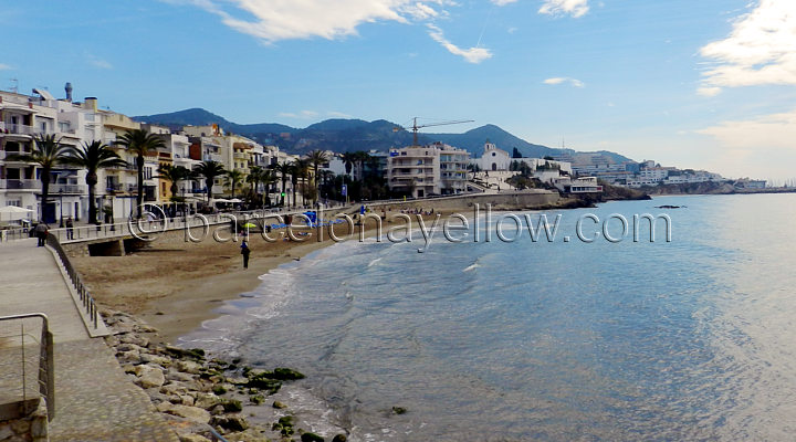 sitges_san-sebastia_beach