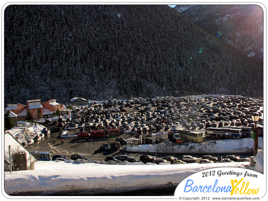 Baqueira-Beret parking and ski-train