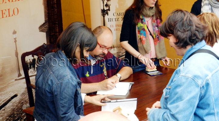 book_signing_sant_jordi