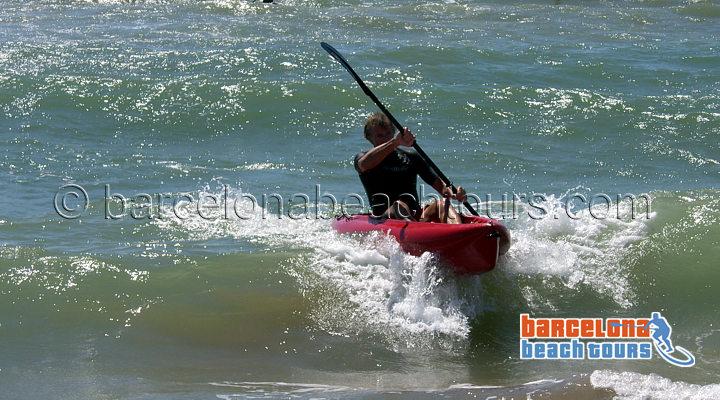 kayak_wave_gavamar