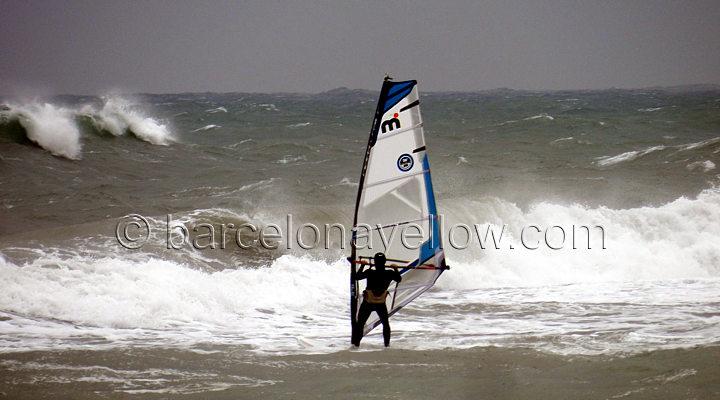 extreme_windsurfing_platja_prat