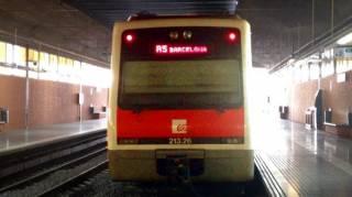 R5 FGC train from Pl. Espanya to Montserrat
