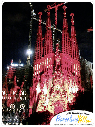 sagrada_familia_red_2011
