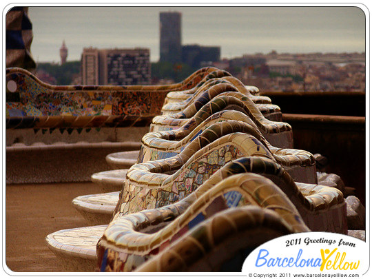 park guell bench barcelona