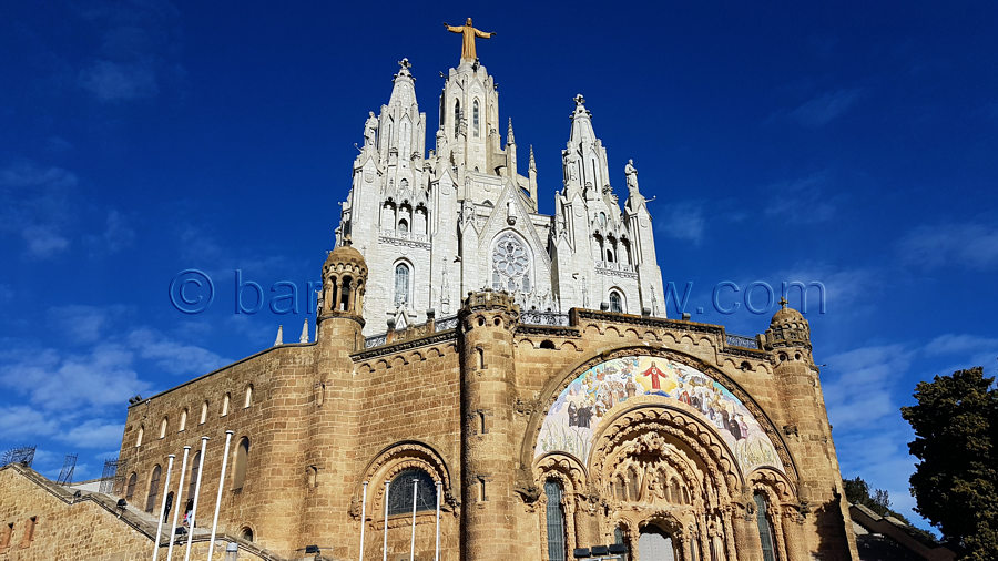 tibidabo-hill-barcelona-sagrat-cor-church