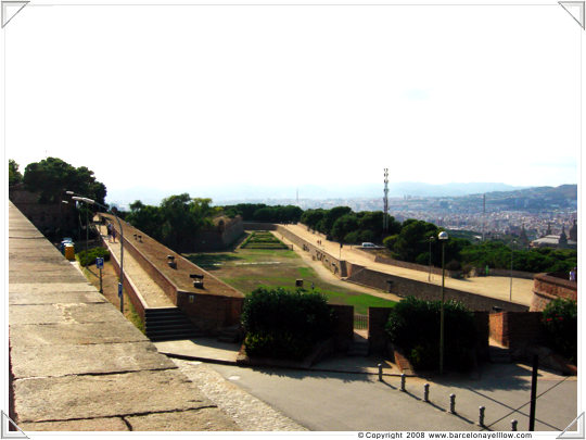Pictures military fort Barcelona Montjuic